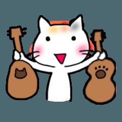 ウクレレを弾く猫 (白)